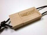 USB Stick Holz Gravur